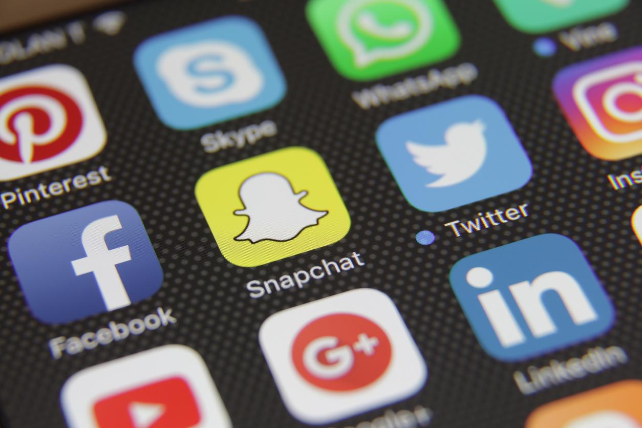 how to establish the right social media budget